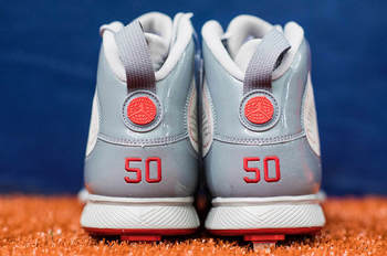 mookie-betts-air-jordan-9-pe-grey-heel.jpg