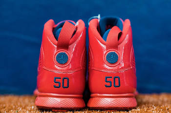 mookie-betts-air-jordan-9-pe-red-heel.jpg