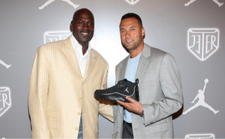 re2pect-jordan-brand-pays-tribute-to-derek-jeter-last-season-08-570x354.jpg